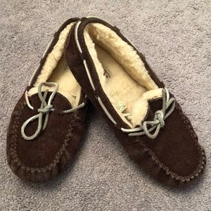 UGG leather, sheep skin brown size 5 slippers